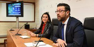 La Junta anima a los jóvenes a participar en los proyectos que mejoren su formación en materia de idiomas y de emprendimiento