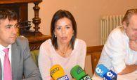 """Luz Moya anuncia una moción para que el PSOE rompa el pacto con quien quiere fracturar España"""""""