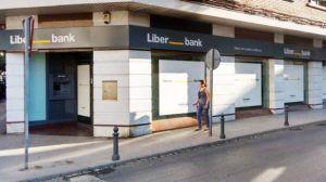 Contratos de 10 minutos semanales y avisos por wasap así se las gasta la nueva contrata del servicio de limpieza de Liberbank