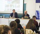 El presidente del Tribunal Superior de Justicia de la región comparte con alumnos de Periodismo de la UCLM la problemática judicial