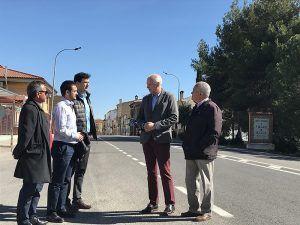El subdelegado del Gobierno en Cuenca visita las obras de seguridad vial realizadas en la travesía de Villar de Olalla
