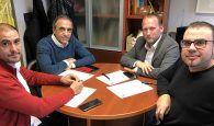 Encuentro de Ayuntamiento y Diputación con la Federación de Baloncesto de CLM para fomentar este deporte en Cuenca