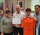 La Diputación de Guadalajara colaborará en la impresión de camisetas de la VII Marcha Contra el Cáncer de Yunquera