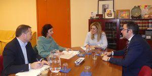 La patronal conquense solicita colaboración al Gobierno regional para desarrollar sus ferias sectoriales