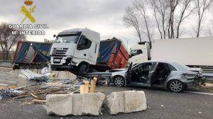 Un camionero, que multiplicaba por 8 el índice de alcohol, provoca un brutal accidente en Guadalajara