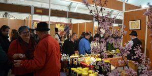 La Feria Apícola Internacional de Pastrana continúa siendo el principal referente europeo del sector