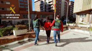 Detenido por cometer 21 robos en Sigüenza y su comarca, incluso en el cementerio