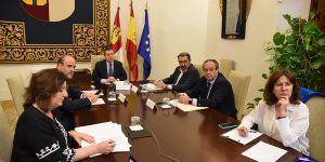El Gobierno de Castilla-La Mancha habilita canales de comunicación directa para atender consultas empresariales y laborales relacionadas con el coronavirus