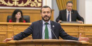 Escudero asegura que Villar de Cañas reúne todos los requisitos para ser ejemplo del nuevo modelo energético 'verde'