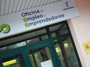 Más de 650 desempleados de Guadalajara se han beneficiado de la recuperación del subsidio para mayores de 52 años