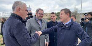 """Robles destaca el """"compromiso social"""" de Emiliano García-Page en su ruta zonal por pueblos de La Alcarria"""
