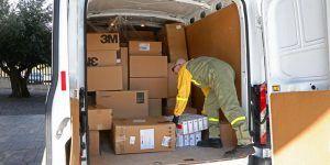 El Gobierno de Castilla-La Mancha continúa distribuyendo artículos de protección para los profesionales y ya se han repartido cerca de 8,3 millones
