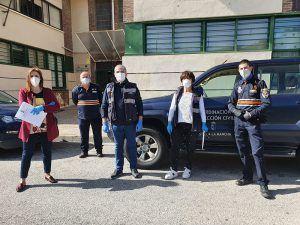 La Junta entrega equipos informáticos y tarjetas de conectividad entre los alumnos para reducir la brecha digital en la provincia de Cuenca durante la crisis del covid19