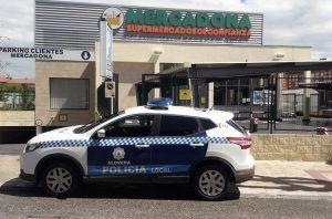 La Policía Local de Alovera recupera 13 carros de supermercado que habían sido sustraídos del mercadona
