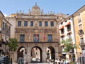 El Grupo Socialista en el Ayuntamiento de Cuenca aclara que el Pleno extraordinario del martes tendrá el formato acordado con los grupos políticos