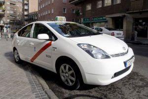 La Federación Regional del Taxi de C-LM solicita apoyo a la consejería de fomento ante la grave situación que atraviesa el sector