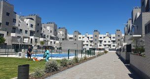 Los arquitectos Santiago Escudier, en Guadalajara, y Juan José Ramón, en Cuenca, responsables provinciales de la encuesta 'Pensar en Habitar'
