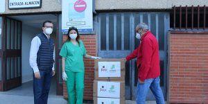 Pinturas Jafep-GONSER soluciones decorativas, dona 100 batas quirúrgicas al hospital de Guadalajara