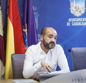 Cs Guadalajara incide en la necesidad de alcanzar un 'acuerdo histórico' con oposición, Tercer Sector y agentes económicos para la recuperación del tejido socioeconómico de la capital