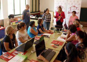 Un total de 130 mujeres rurales comienzan cinco cursos online organizados por AMFAR