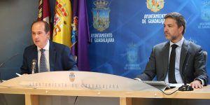 El desbloqueo de grandes proyectos y la lucha contra el coronavirus marcan el primer año del nuevo Gobierno municipal en Guadalajara