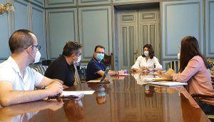 El Patronato, la Junta y el equipo de Integra22 se reúnen para proponer la creación de una cooperativa de apicultores