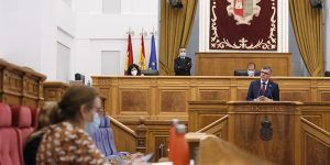 Godoy destaca la actividad parlamentaria durante la pandemia y valora el cambio del Reglamento de las Cortes