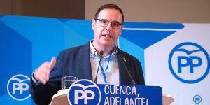 """Prieto exige a la Junta que garantice el transporte público en Cuenca, """"al problema de los autobuses se une ahora el del tren"""""""