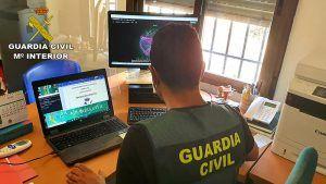 La Guardia Civil de Guadalajara desmantela una organización criminal responsable de una estafa telemática de 55.500 euros
