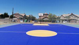 Finalizan las obras de remodelación de las pistas polideportivas del Mirador del Henares de Villanueva de la Torre