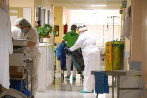 Jueves 6 de agosto  Guadalajara sigue precupando con 18 casos nuevos por coronavirus; Cuenca registra cuatro casos más