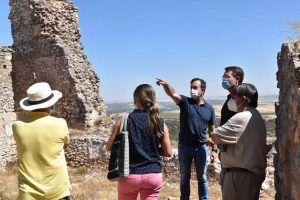 La Diputación de Cuenca comienza las obras de rehabilitación del castillo de Puebla de Almenara con un presupuesto de 140.000 euros