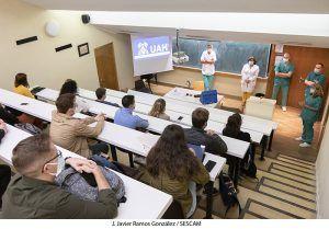 El Área Integrada de Guadalajara recibe a 29 alumnos de sexto de Medicina que afrontan la recta final de su formación universitaria