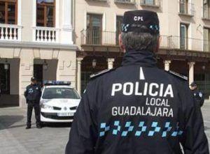 El Ayuntamiento de Guadalajara activa este miércoles un dispositivo especial de Policía Local y Protección Civil para regular los accesos a los colegios de la capital