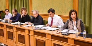 El Defensor del Pueblo llama la atención al equipo de Gobierno del Ayuntamiento de Cuenca por el desarrollo de los plenos