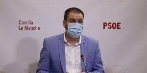 """El PSOE de CLM pide a Núñez que """"vea la viga en el ojo de su partido"""" y exija a Madrid más rastreadores para frenar el virus"""