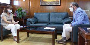 La subdelegada del Gobierno de Guadalajara se reúne con el delegado de la Junta de Comunidades