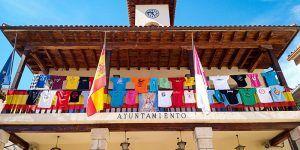 Los colores de las peñas trillanas simbolizan este año el espíritu de las Fiestas de Trillo