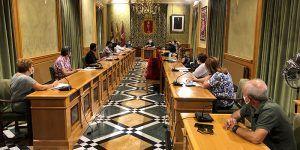 Los directores y responsables de Ampas de los colegios de la capital conquense conocen las medidas de prevención y seguridad planteadas por el Ayuntamiento