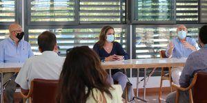 Villanueva se reúne con alcaldes de la Campiña para hablar de las ayudas de la Diputación de Guadalajara al fomento del empleo y la contratación