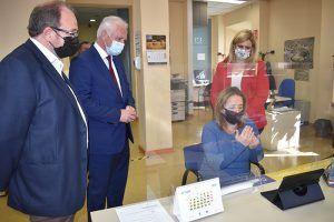 Castilla-La Mancha es la primera región en contar con Oficinas de Información y Registró accesibles a personas con discapacidad auditiva