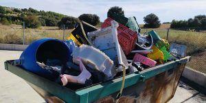 El alcalde de Carrascosa de Haro pide a la Junta y Diputación más recursos para los puntos limpios de los pueblos pequeños
