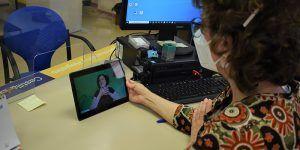 La Junta dota a la OIR de Cuenca de un servicio digital de interpretación en lengua de signos para personas con discapacidad auditiva
