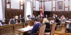 Rifirafe en la Diputación de Guadalajara a causa de la defensa de la Constitución