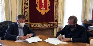 Ayuntamiento de Cuenca y Agrupación Provincial de Hostelería y Turismo firman su convenio por 17.000 euros