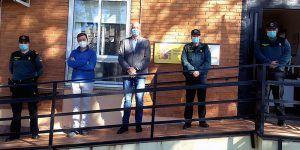 El subdelegado del Gobierno en Cuenca visita el cuartel de la Guardia Civil de Carrascosa del Campo
