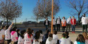 Villanueva de la Torre instala 'Bancos de la Amistad' para combatir el acoso escolar
