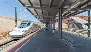 Dolz avanza que Renfe restituirá la parada del último AVE de Valencia el 11 de enero