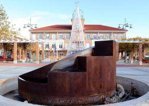 El Ayuntamiento inicia obras de reparación en las dos fuentes ornamentales de la Plaza del Pueblo de Cabanillas