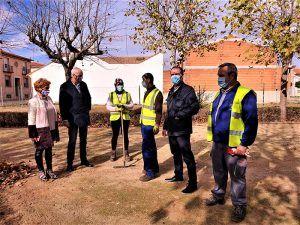 El subdelegado del Gobierno en Cuenca visita en San Clemente los trabajos del Plan de Empleo en Zonas Rurales Deprimidas